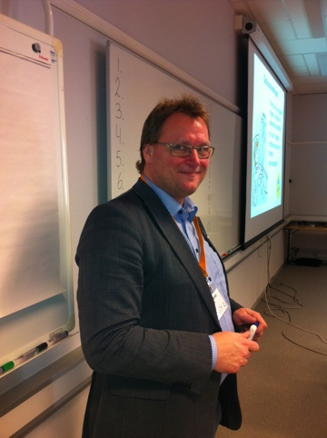 Min seminariekompis Jonas Andersson, regionråd i Västra Götalande (i tillfällig opposition)