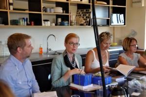 Rickard Wessman (M), jag, Gizela Sladic (S) och Monica   xx (KD) tackar för att vi fick möjlighet att lära oss mer om Marseilles kulturhuvudstadsår.