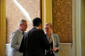 Marseilles kulturborgmästare xx och jag i Marseilles stadshus.