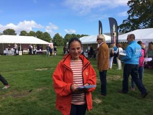 Stella Fare var med på hälsodagen och spred sitt budskap på hur vi vill göra cyklandet enklare och roligare.