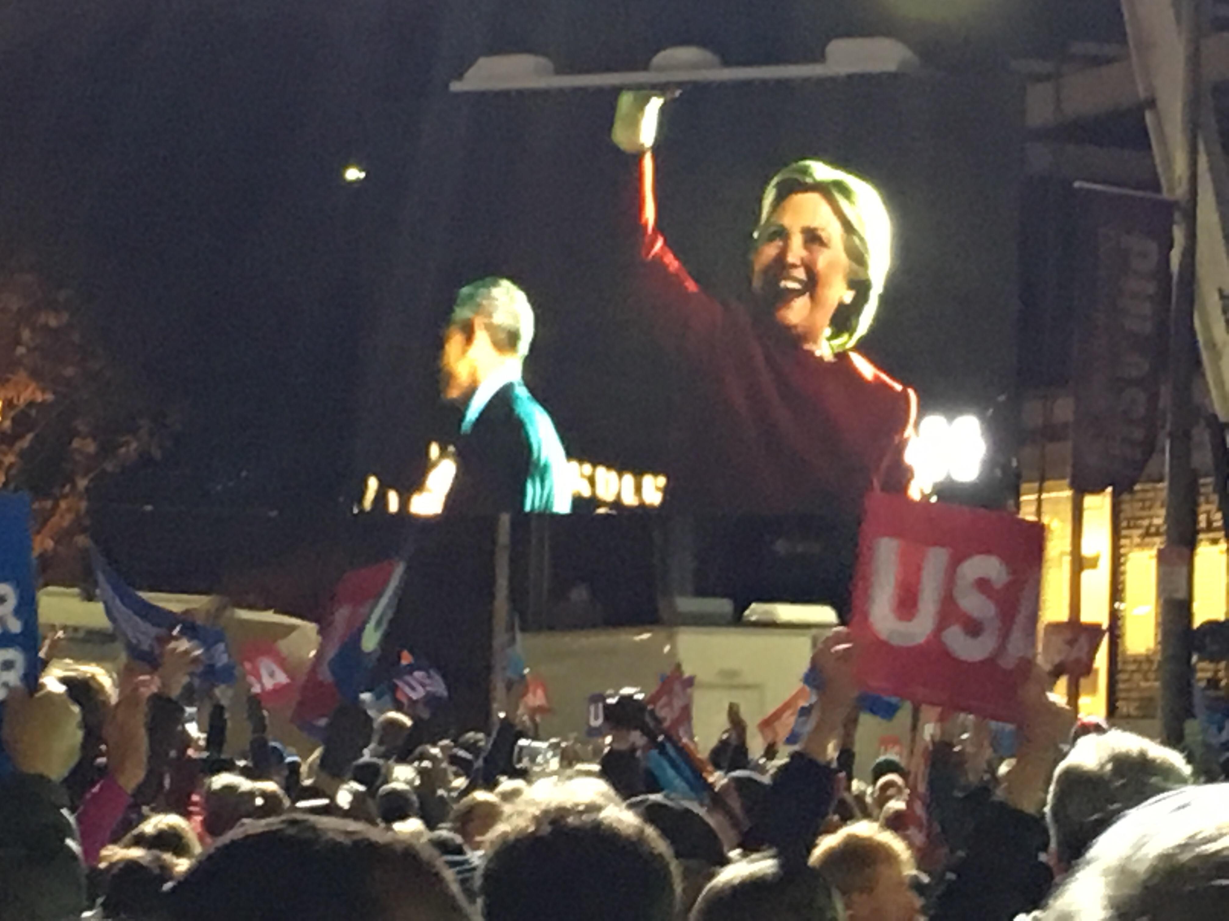Slutspurtsmöte med Clinton, Obama, Springsteen