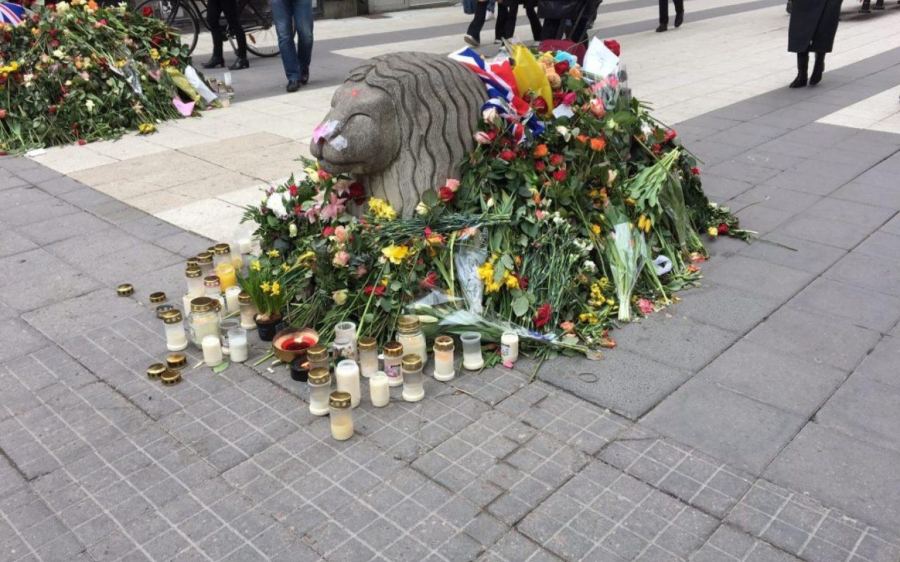 Minnet av terrorattacken på Drottninggatan